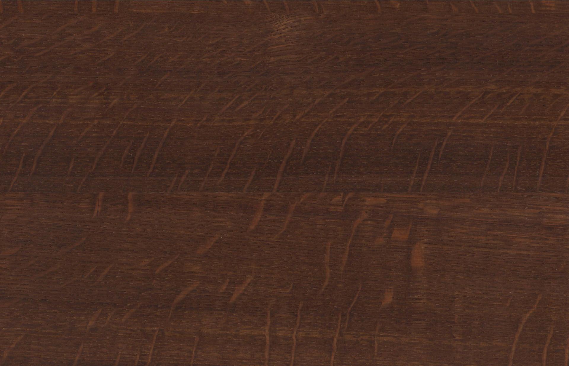 Holzmuster in Eiche geräuchert